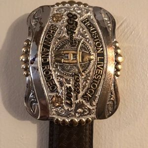 Cowboy belt with buckle